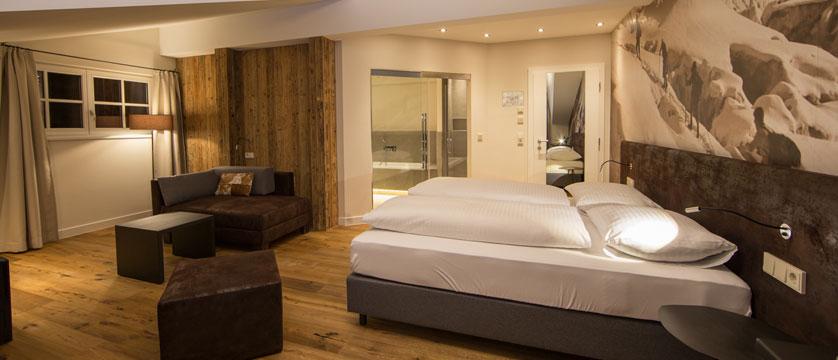Hotel Heitzmann, Zell am See, Austria - Panorama suite.jpg